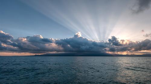 soleil rayon crépuscule hdr guadeloupe océan gosier