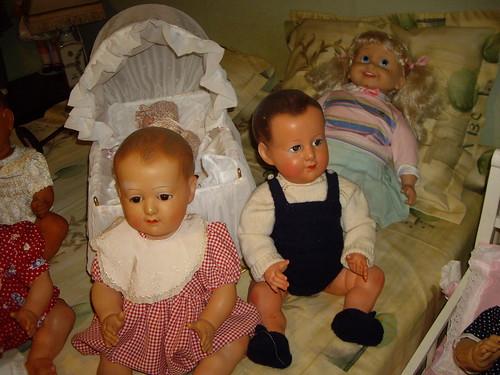 Les poupées de ma maison  11368058354_bf661ab555