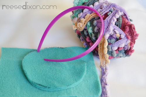 Earmuff Ornament Tutorial Step 1