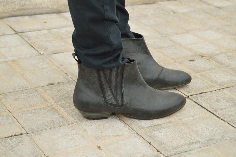 lara-vazquez-madlula-details-booties-black