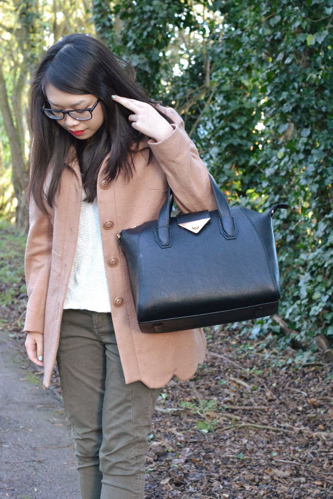 Daisybutter - UK Style and Fashion Blog: what i wore, winter outfit inspiration, scallop edges, camera case, rag & bone jeans, yesstyle
