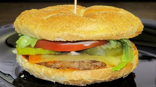 Buffalo ranch & Swiss burger by Coyoty