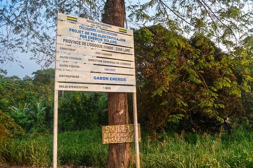 africa bicycle day414 gabon massengue pygmy ramba routeéconomique village freewheelycom cycling vélo cycletouring cyclotourisme velo jbcyclingafrica