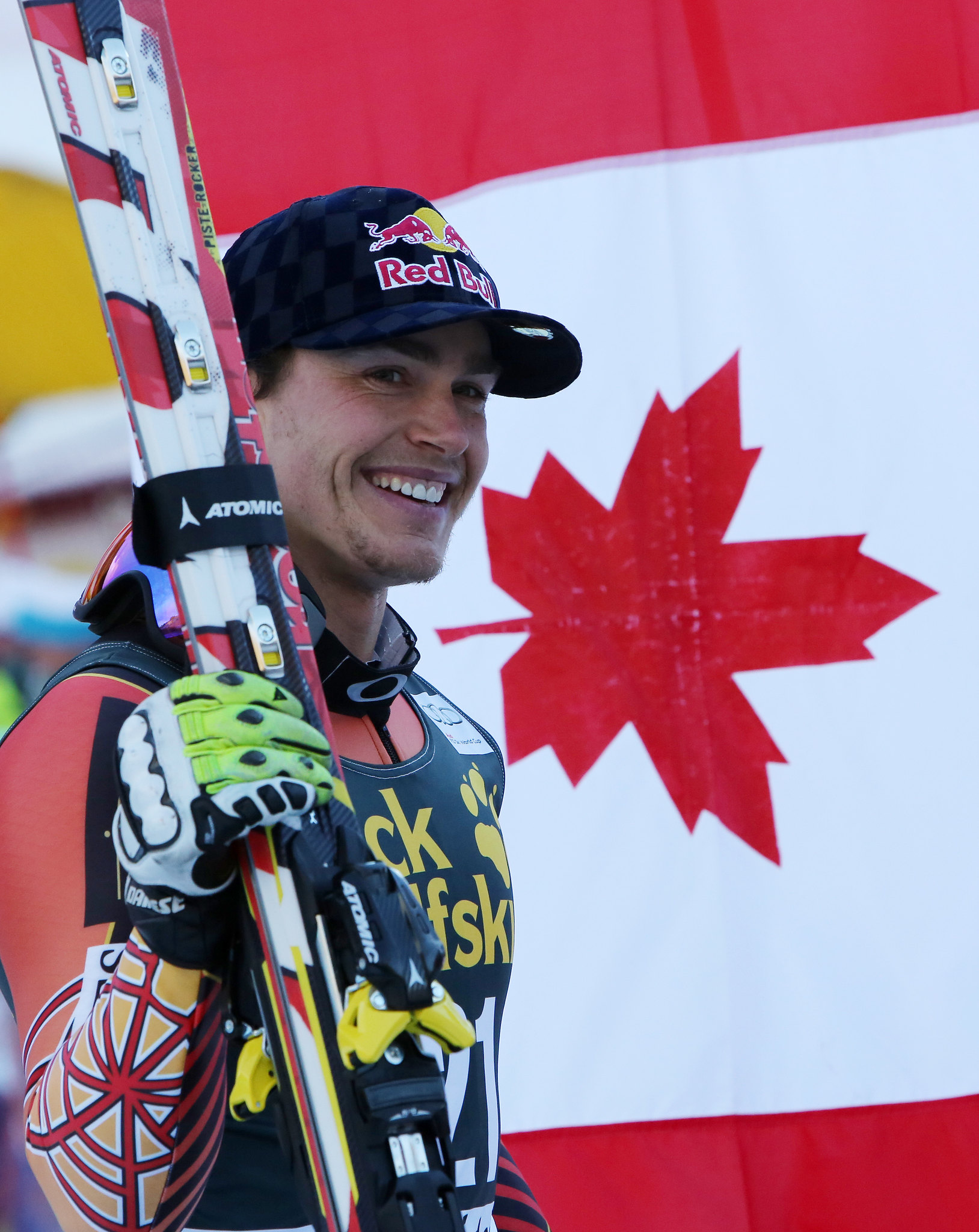 Guay ties the Canadian record for World Cup podiums with a win in the downhill in ValGardena, ITA