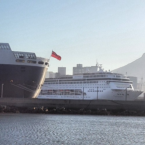 Stern QM2 and MSC Sinfonia by chrisLgodden