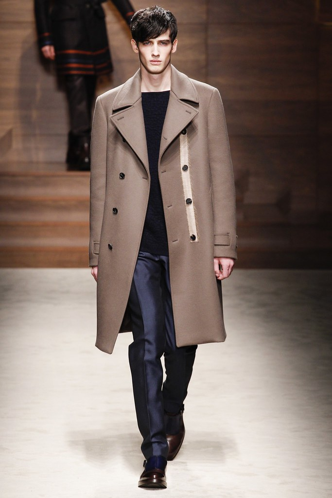 FW14 Milan Salvatore Ferragamo006_Ian Sharp(VOGUE)