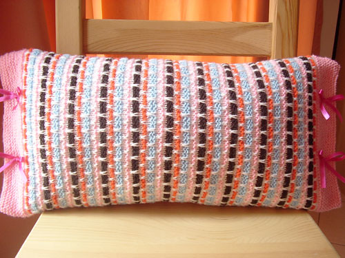 Woven Ribbons Knitted Pillow Type I