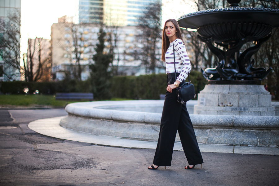 personal_style_fashion_blog_ukraine_outfit_stripes_crop_top_wide_pants_Ukraine