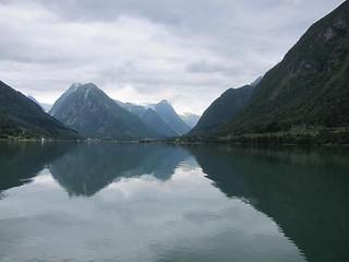 Sailing to Fjærland