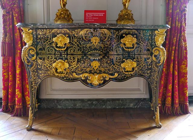 Versailles yvelines chambre de la reine des belges for Chambre de la reine