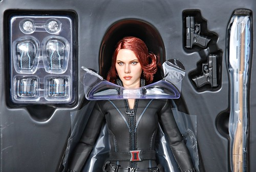 Hot Toys Sixth Scale Avengers Movie Black Widow