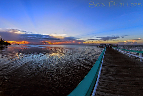 sunset gulfofmexico clouds pier florida pineisland bokeelia