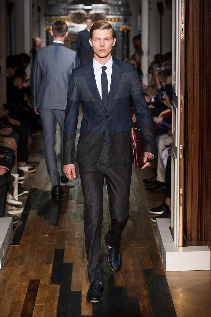 SS14 Paris Valentino003_Tim Schuhmacher(fashionising.com)