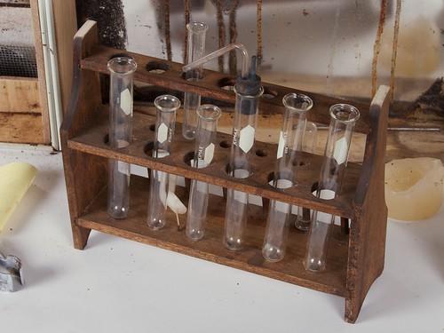 Vintage Chemistry Sets 23