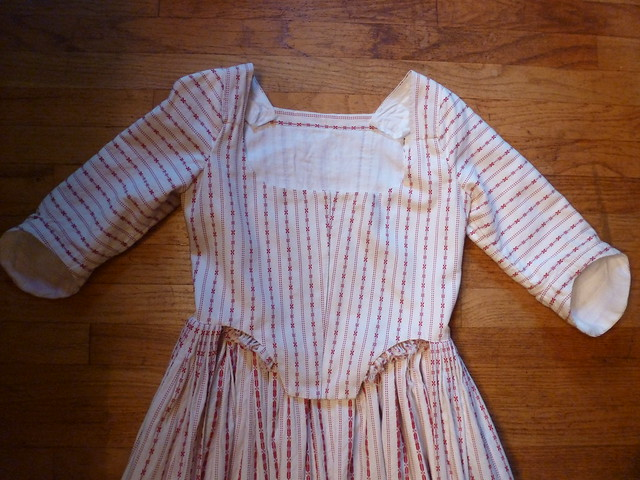 red striped cotton gown, 1775-1785