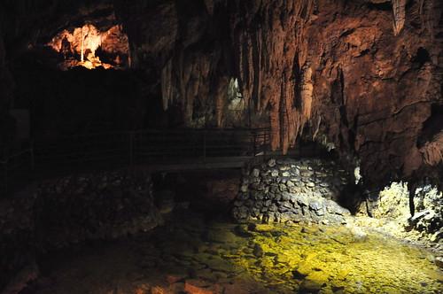 Passeggiando per le grotte