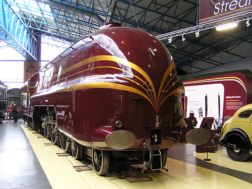 LMS 8P 4-6-2 Coronation No 46229 'Duchess of Hamilton' (1938) NRM York 30.06.2009 P6300140