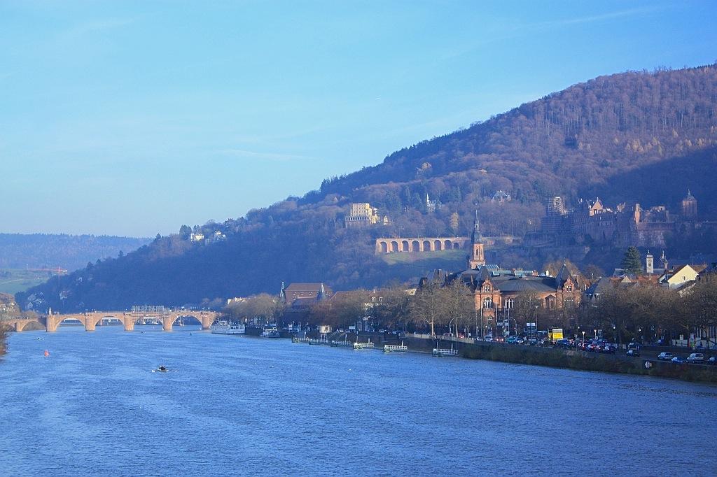 Neckar river, Altstadt, Alte Brücke, Schloss Heidelberg, Königstuhl, Heidelberg, Germany