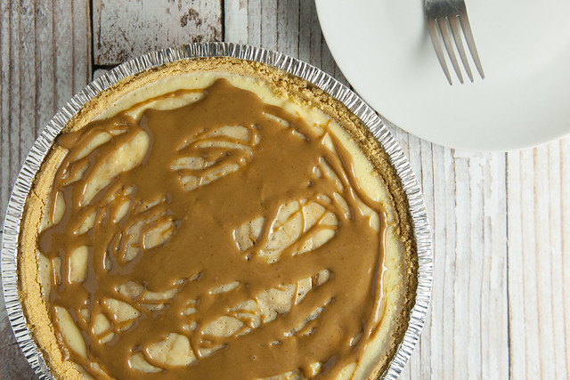 Swirled Cookie Butter Cheesecake_1