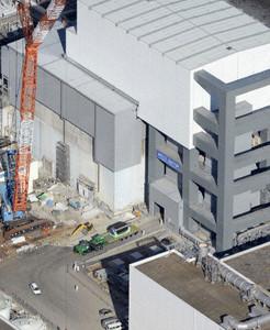 TEPCO transfers fuel rods