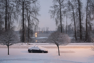 Snow day along the Fraser River