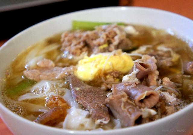 Famous SS15 pork noodles, Ooi Noodle House - egg