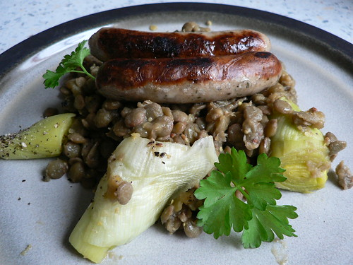 Bratwurst with Leeks and Lentils 001