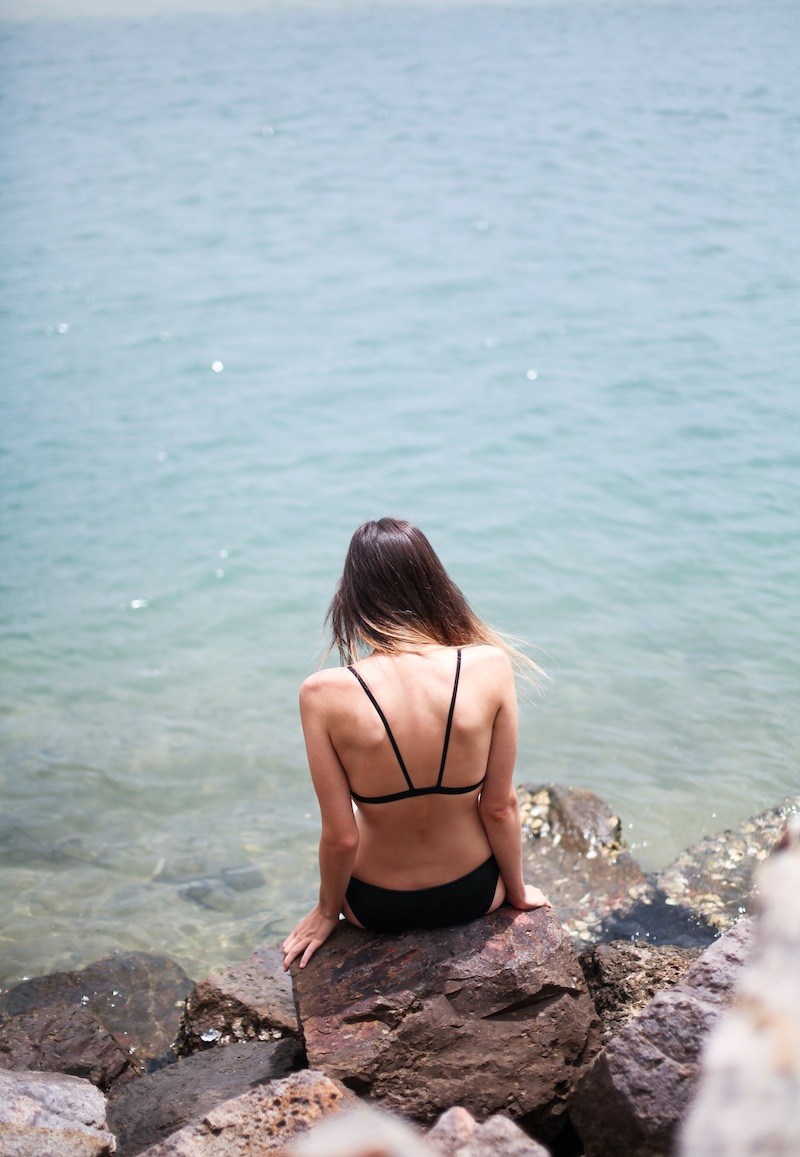 modern legacy fashion blogger Australia Triangl neoprene bikini beach escape holiday ocean photography island travel (6 of 8)
