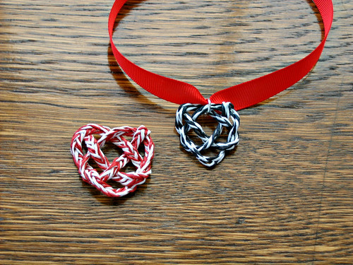 paper-twine-heart-knot-necklace