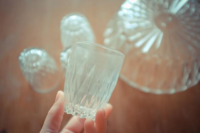 Diy moderniser de la vaisselle duralex planb par morganours - Peindre des verres a pied ...