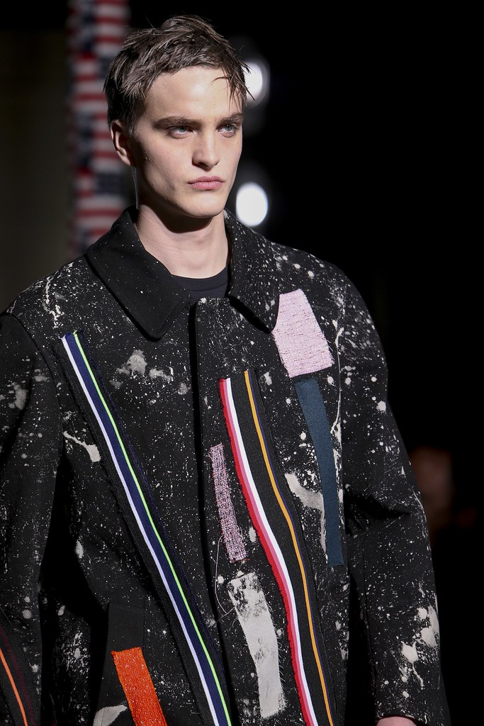 FW14 Paris Raf Simons113_Robert Laby(VOGUE)