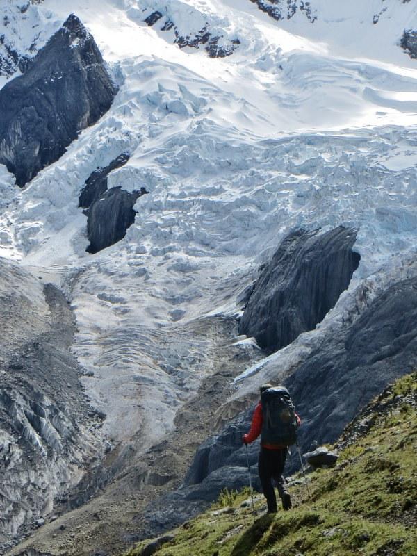 Wandering towards the Jurau glaciers.