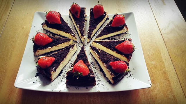 Oreo Cheesecake with Strawberries by Paula Witek
