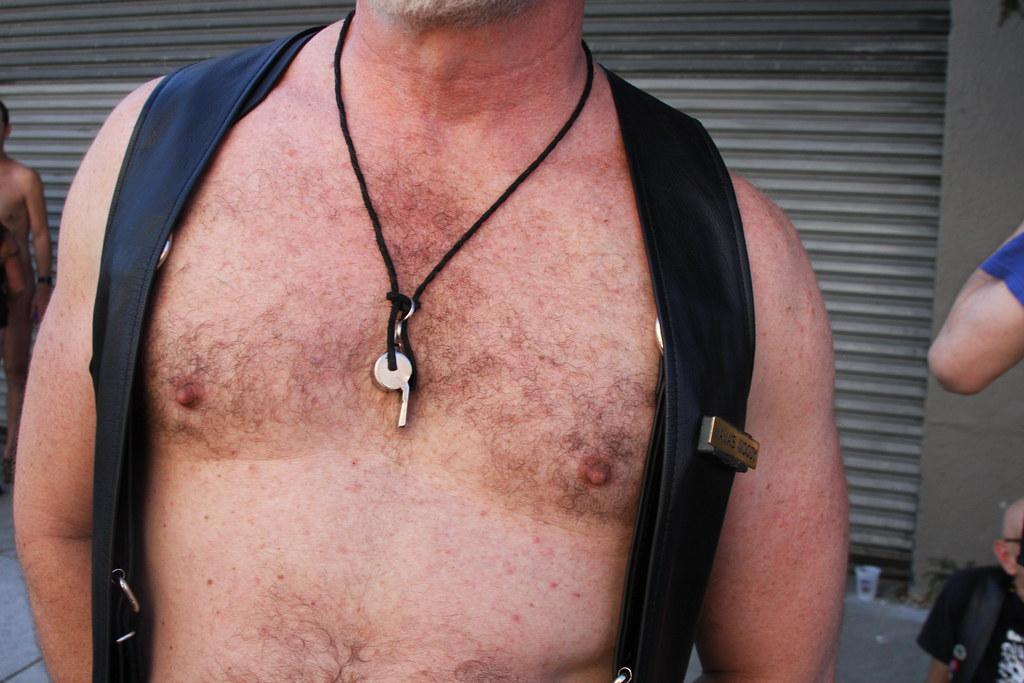 HOT LEATHER DADDY ! FOLSOM STREET FAIR 2016 ! ( safe photo )