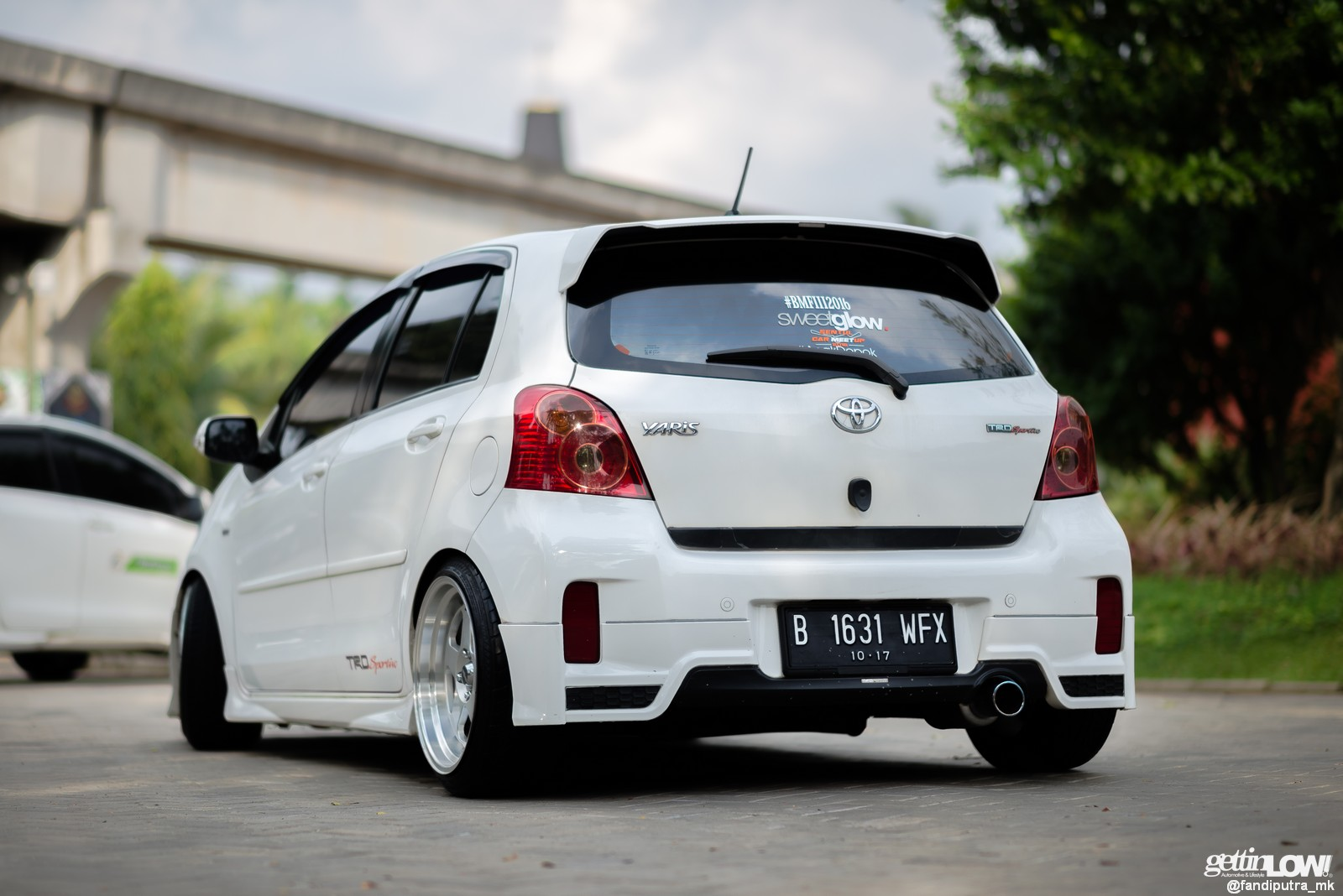 Gettinlow Modifikasi Simpel Toyota Yaris Trd 2012 Milik