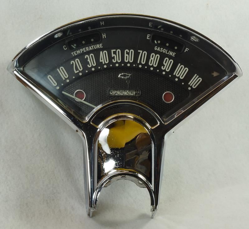 RD14416 1955 1956 Chevrolet Bel Air Dash Gauge Cluster Insturmentation 150 210 DSC06056