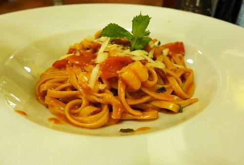 Baccano red shrimp tagliolini