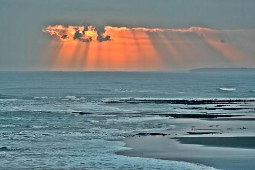 sunset bali indonesia coast asia sundown asie eveninglight redsunset balisunset balianbeach westbali antap