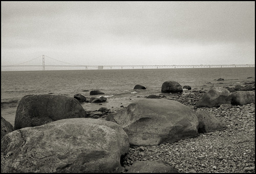 Big rocks, Mighty Mac