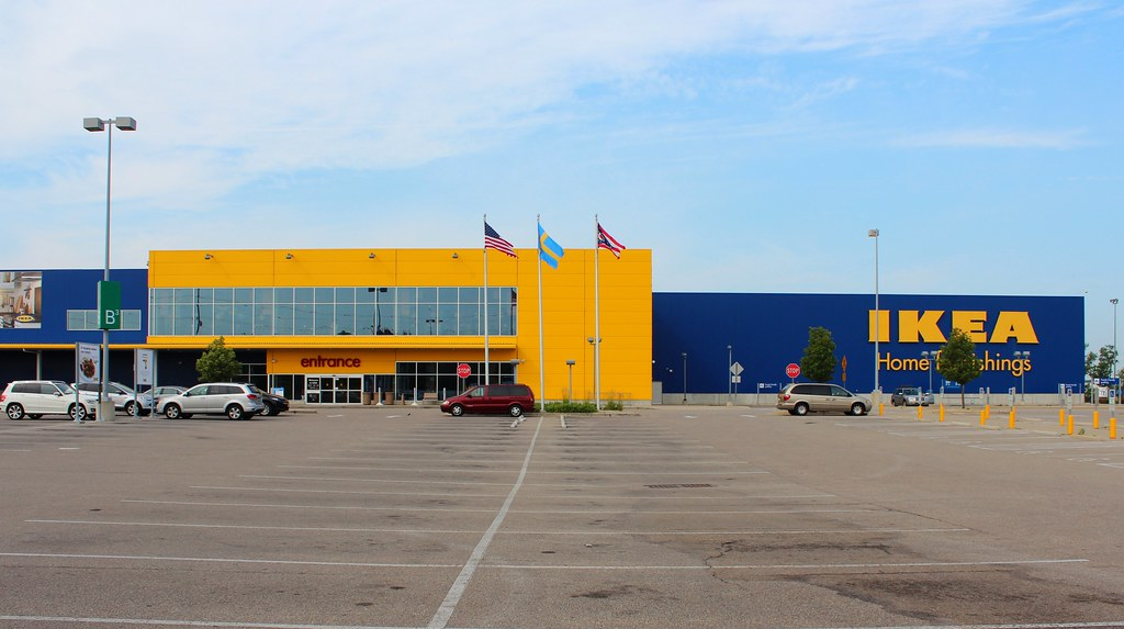 Streets of west chester shopping center butler county for Hotels near ikea cincinnati