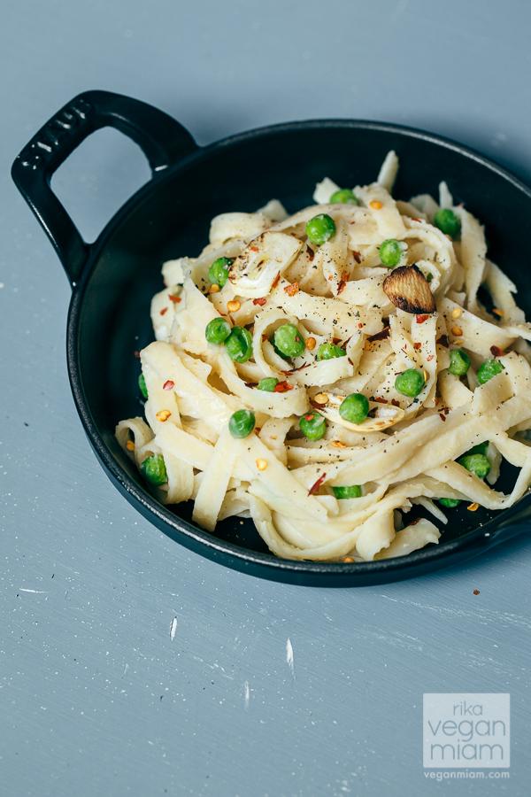 Vegan Linguine Carbonara with Peas and Toasted Garlic