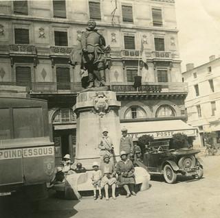La Rochelle: monument Jean Guiton