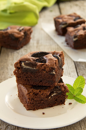 Chocolate brownie cake.