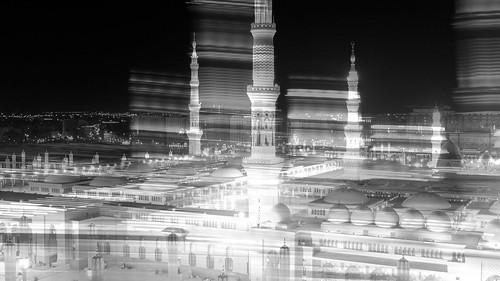 Moving Lights of Al Masjid Al Nabawi..