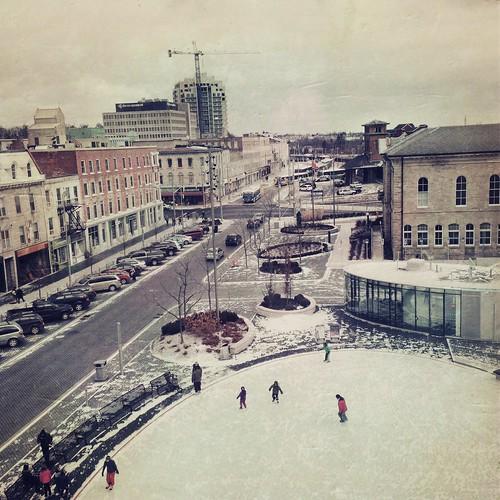 Morning skate in Market Square by @klawrenc