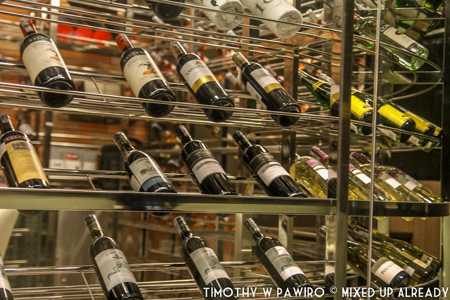 Vietnam - Ho Chi Minh - Bitexco Financial Tower - EON51 - Wine collection