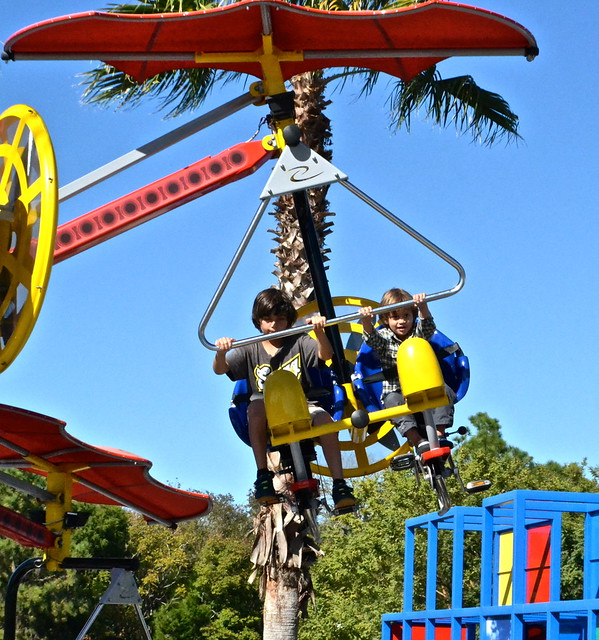 Legoland, Florida - flying brothers