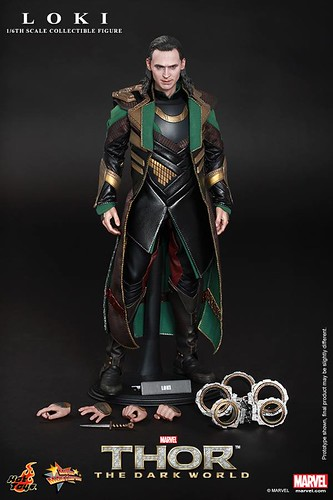 Hot-ToysThor-The-Dark-World-Loki
