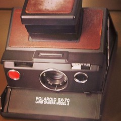 camera(1.0), electronics(1.0), instant camera(1.0),