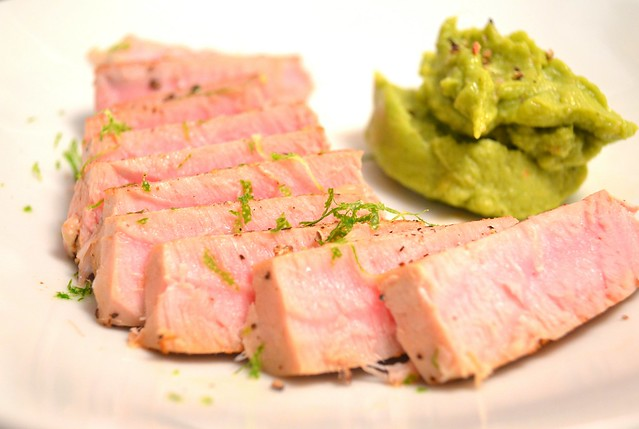 Tuna Steak & Guacamole